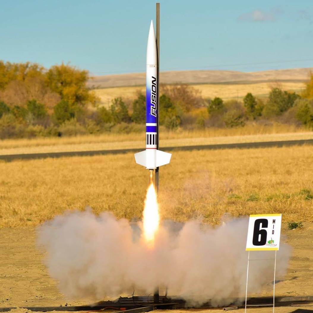 "SBR 4"" Fusion High Power Rocket Kit W/ or W/O Altimeter Option"